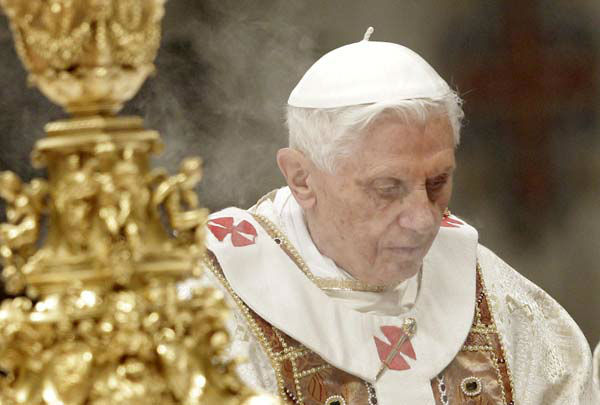 Pope Benedict XVI celebrates a mass for priests and nuns in St. Peter&#39;s Basilica at the Vatican, Saturday, Feb. 2, 2013. &#40;AP Photo&#47;Riccardo De Luca&#41; <span class=meta>(AP Photo&#47; Riccardo De Luca)</span>