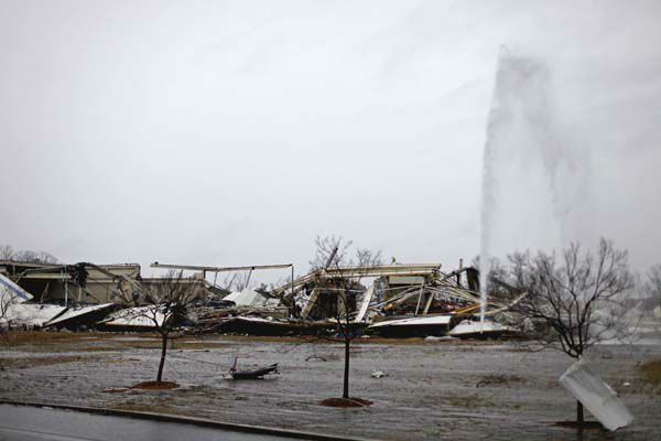 "<div class=""meta image-caption""><div class=""origin-logo origin-image ""><span></span></div><span class=""caption-text"">The aftermath of a tornado is seen at the Daiki plant, a metal fabrication company, Wednesday, Jan. 30, 2013, in Adairsville, Ga. A fierce storm system that roared across Georgia has left at least one person dead after it demolished buildings and flipped vehicles on Interstate 75 northwest of Atlanta. (AP Photo/David Goldman) (AP Photo/ David Goldman)</span></div>"