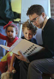 Scott Fera looks over his ballot with his son, Conan, 4, while voting in Sacramento, Calif., Tuesday, Nov. 6, 2012.  Voters across the nation went to the polls to vote from everything from president to local ballot measures.&#40;AP Photo&#47;Rich Pedroncelli&#41; <span class=meta>(AP Photo&#47; Rich Pedroncelli)</span>