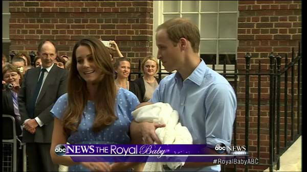 Royal Baby: First baby photos of the royal heir as Kate Middleton and Prince William leave the hospital with their son.