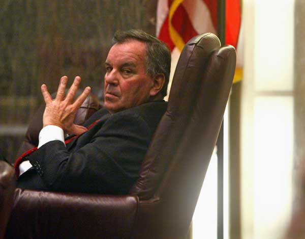 In this Dec. 7, 2005 file photo, Chicago Mayor Richard M. Daley listens to city aldermen during a Chicago City Council meeting.  (AP Photo/Charles Rex Arbogast, File)