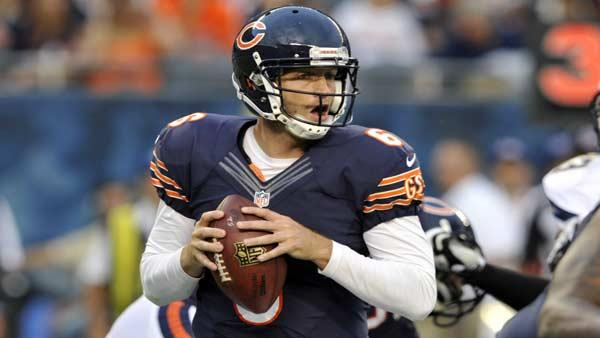 Chicago Bears quarterback Jay Cutler (6) looks for a receiver during the first half of the preseason NFL football game against the San Diego Chargers, Thursday, Aug. 15, 2