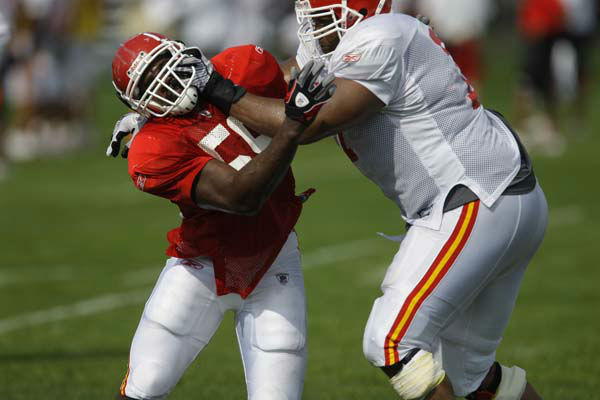 Kansas City Chiefs linebacker Jovan Belcher &#40;59&#41; during NFL football training camp in River Falls, Wis., Monday, Aug. 3, 2009. &#40;AP Photo&#47;Orlin Wagner&#41; <span class=meta>(AP Photo&#47; Orlin Wagner)</span>