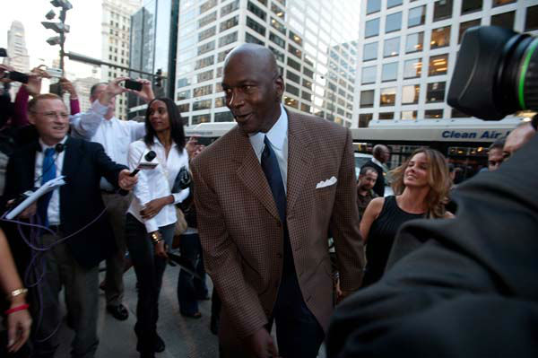 COMMERCIAL IMAGE - In this photograph taken by AP Images for Michael Jordan&#39;s Steak House, Michael Jordan and Yvette Prieto arrive at the Grand Opening Celebration of Michael Jordan&#39;s Steak House in Chicago, Thursday, Sept. 22, 2011. &#40;Peter Barreras&#47;AP Images for Michael Jordan&#39;s Steak House&#41; <span class=meta>(AP Photo&#47; Peter Barreras)</span>