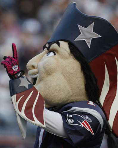 2.Pat the Patriot, New England Patriots: Pat the Patriot mascot against the Dallas Cowboys during an NFL football game in Foxborough, Mass., Sunday, Oct. 16, 2011. &#40;AP Photo&#47;Charles Krupa&#41; <span class=meta>(AP Photo&#47; Charles Krupa)</span>