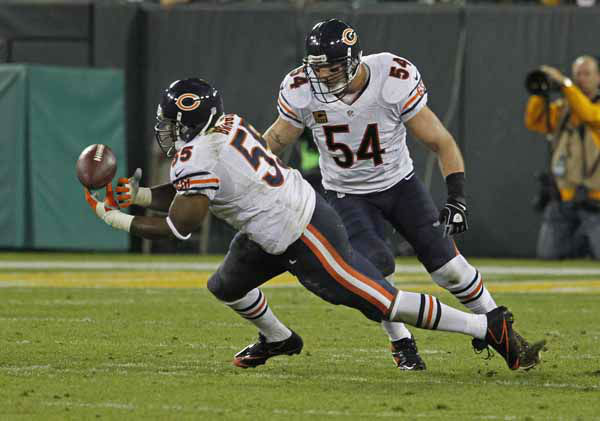 Chicago Bears outside linebacker Lance Briggs attempts to intercept a pass during an NFL football game against the Green Bay Packers Thursday, Sept. 13, 2012, in Green Bay, Wis. &#40;AP Photo&#47;Matt Ludtke&#41; <span class=meta>(AP Photo&#47; Matt Ludtke)</span>