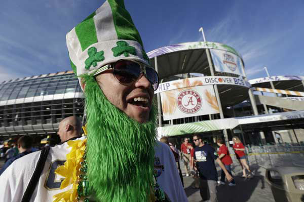 Ron Bokon walks near the stadium before the BCS National Championship college football game between Alabama and Notre Dame Monday, Jan. 7, 2013, in Miami.&#40;AP Photo&#47;David J. Phillip&#41; <span class=meta>(AP Photo&#47; David J. Phillip)</span>