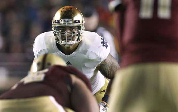Notre Dame linebacker Manti Te&#39;o waits for the snap during the second half of Notre Dame&#39;s 21-6 win over Boston College in a NCAA college football game in Boston Saturday, Nov. 10, 2012. &#40;AP Photo&#47;Winslow Townson&#41; <span class=meta>(AP Photo&#47; Winslow Townson)</span>