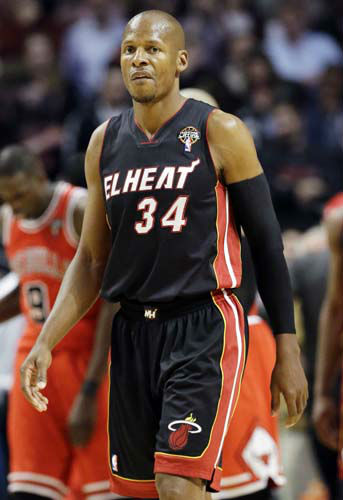 Miami Heat guard Ray Allen reacts as he walks off the court after their 101- 97 loss to the Chicago Bulls in an NBA basketball game in Chicago, Wednesday, March 27, 2013. &#40;AP Photo&#47;Nam Y. Huh&#41; <span class=meta>(AP Photo&#47; Nam Y. Huh)</span>