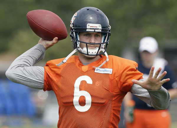 Chicago Bears quarterback Jay Cutler &#40;6&#41; looks to pass during NFL football training camp at Olivet Nazarene University in Bourbonnais, Ill., Thursday, July 26, 2012. &#40;AP Photo&#47;Nam Y. Huh&#41; <span class=meta>(Photo&#47;Nam Y. Huh)</span>