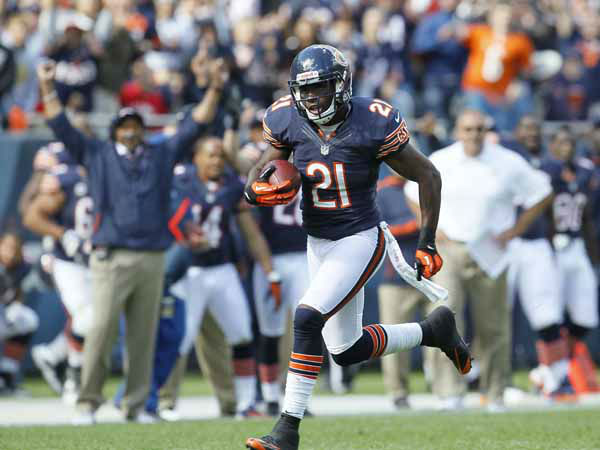 Chicago Bears strong safety Major Wright &#40;21&#41; makes a touchdown run in the second half of an NFL football game in Chicago, Sunday, Sept. 23, 2012. &#40;AP Photo&#47;Charles Rex Arbogast&#41; <span class=meta>(AP Photo&#47; Charles Rex Arbogast)</span>