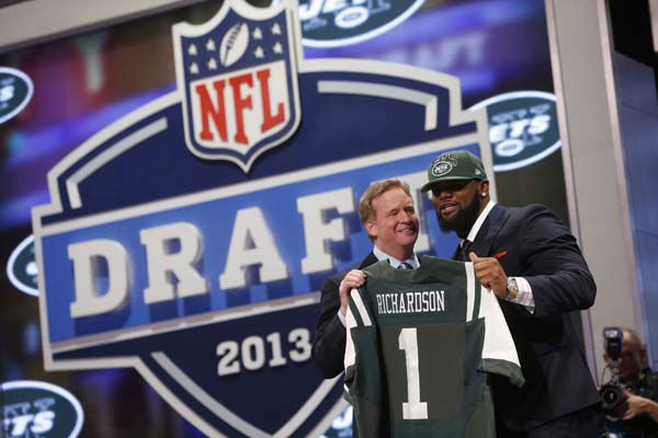 "<div class=""meta ""><span class=""caption-text "">Defensive tackle Sheldon Richardson from Missouri stands with NFL commissioner Roger Goodell after being selected 13th overall by the New York Jets in the first round of the NFL football draft, Thursday, April 25, 2013 at Radio City Music Hall in New York.  (AP Photo/Jason DeCrow) (AP Photo/ Jason DeCrow)</span></div>"