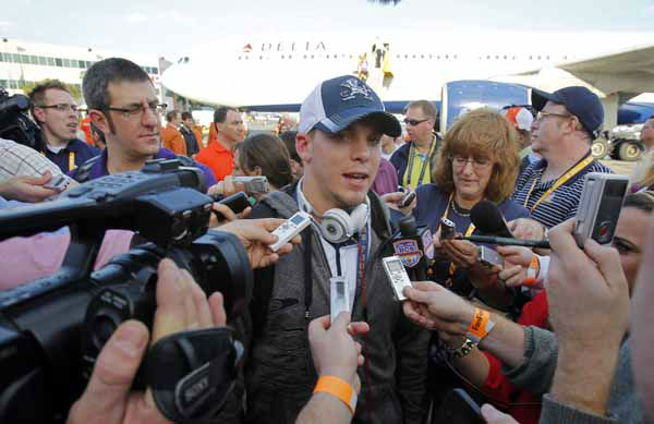 Notre Dame wide receiver Robby Toma talks to reporters after arriving in Fort Lauderdale, Fla., Wednesday, Jan. 2, 2013. Notre Dame takes on Alabama in the BCS national championship NCAA college football game next Monday in Miami. &#40;AP Photo&#47;Alan Diaz&#41; <span class=meta>(AP)</span>