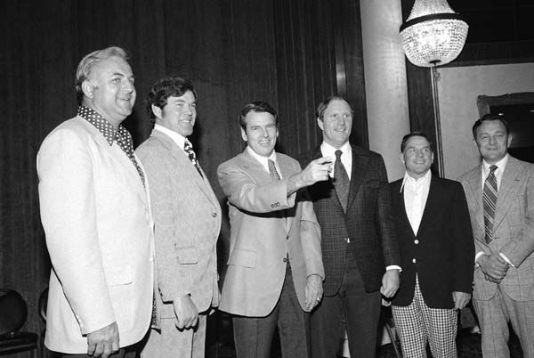 George Allen, third from left, head coach of the Washington Redskins, is pictured with five of his former assistants from Los Angeles and Washington in New York City on May 12, 1975, who are now head coaches in their own right.   From left are: Mike McCormack, Philadelphia Eagles; Marion Campbell, Atlanta Falcons; Allen; Jack Pardee, Chicago Bears; Charley Winner, New York Jets, and Ted Marchibroda, Baltimore Colts. &#40;AP Photo&#47; Marty Lederhandler&#41; <span class=meta>(AP Photo&#47; Marty Lederhandler)</span>