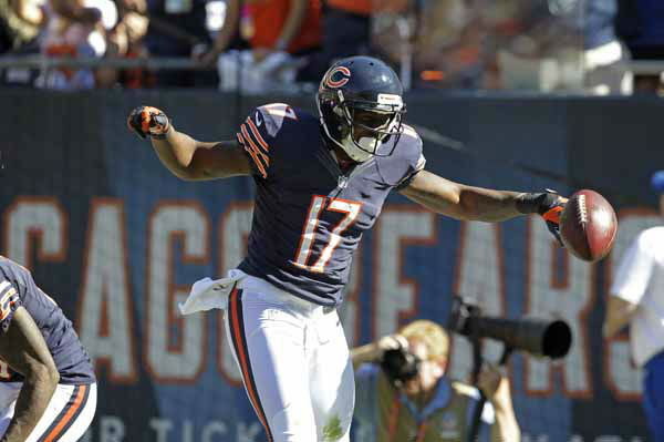 Chicago Bears wide receiver Alshon Jeffery &#40;17&#41; celebrates after his 42-yard touchdown reception against the Indianapolis Colts during the second half of an NFL football game in Chicago, Sunday, Sept. 9, 2012. &#40;AP Photo&#47;Sitthixay Ditthavong&#41; <span class=meta>(AP Photo&#47; Sitthixay Ditthavong)</span>
