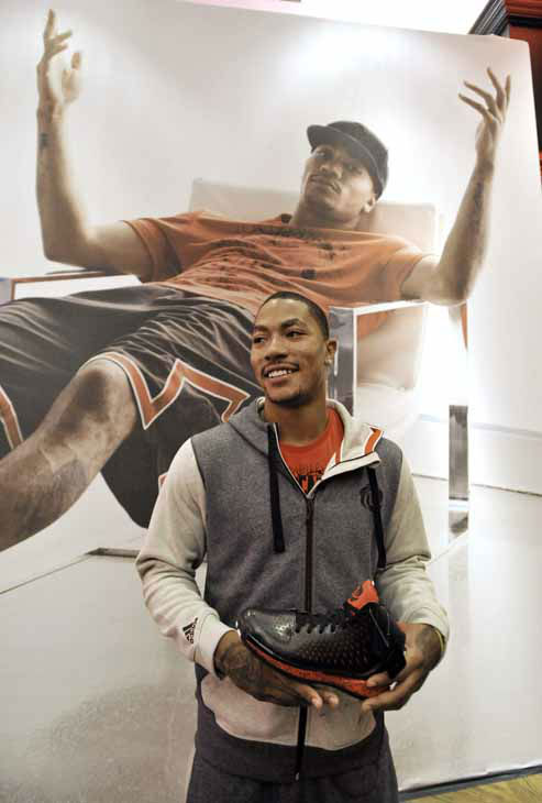 "<div class=""meta ""><span class=""caption-text "">Chicago Bulls' Derrick Rose poses for photographers after unveiling his new shoe the Adidas D Rose 3 during a news conference in Chicago, Thursday, Sept. 13, 2012. (AP Photo/Paul Beaty) (AP Photo/ Paul Beaty)</span></div>"