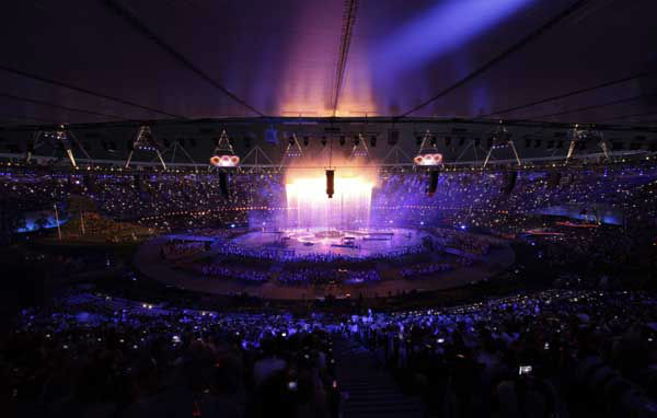 The Olympic rings are illuminated during the Opening Ceremony at the 2012 Summer Olympics, Friday, July 27, 2012, in London.&#40;AP Photo&#47;Charlie Riedel&#41; <span class=meta>(AP Photo&#47; Charlie Riedel)</span>