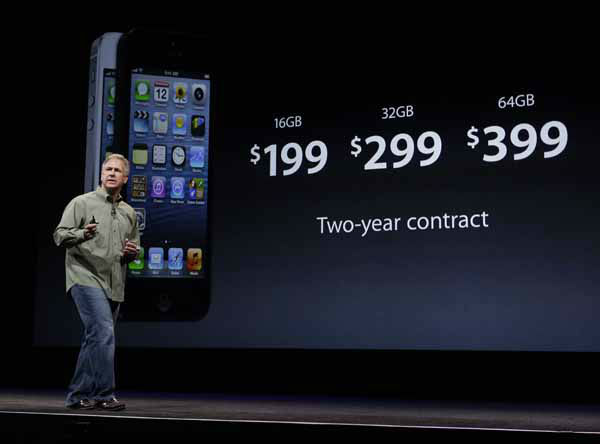 Phil Schiller, Apple&#39;s senior vice president of worldwide marketing, speaks on stage during an introduction of the new iPhone 5 in San Francisco, Wednesday Sept. 12, 2012. &#40;AP Photo&#47;Eric Risberg&#41; <span class=meta>(AP Photo&#47; Eric Risberg)</span>