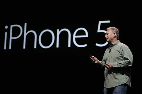 "<div class=""meta image-caption""><div class=""origin-logo origin-image ""><span></span></div><span class=""caption-text"">Phil Schiller, Apple's senior vice president of worldwide marketing, speaks on stage during an introduction of the new iPhone 5 at an Apple event in San Francisco, Wednesday Sept. 12, 2012. (AP Photo/Eric Risberg) (Photo/Eric Risberg)</span></div>"