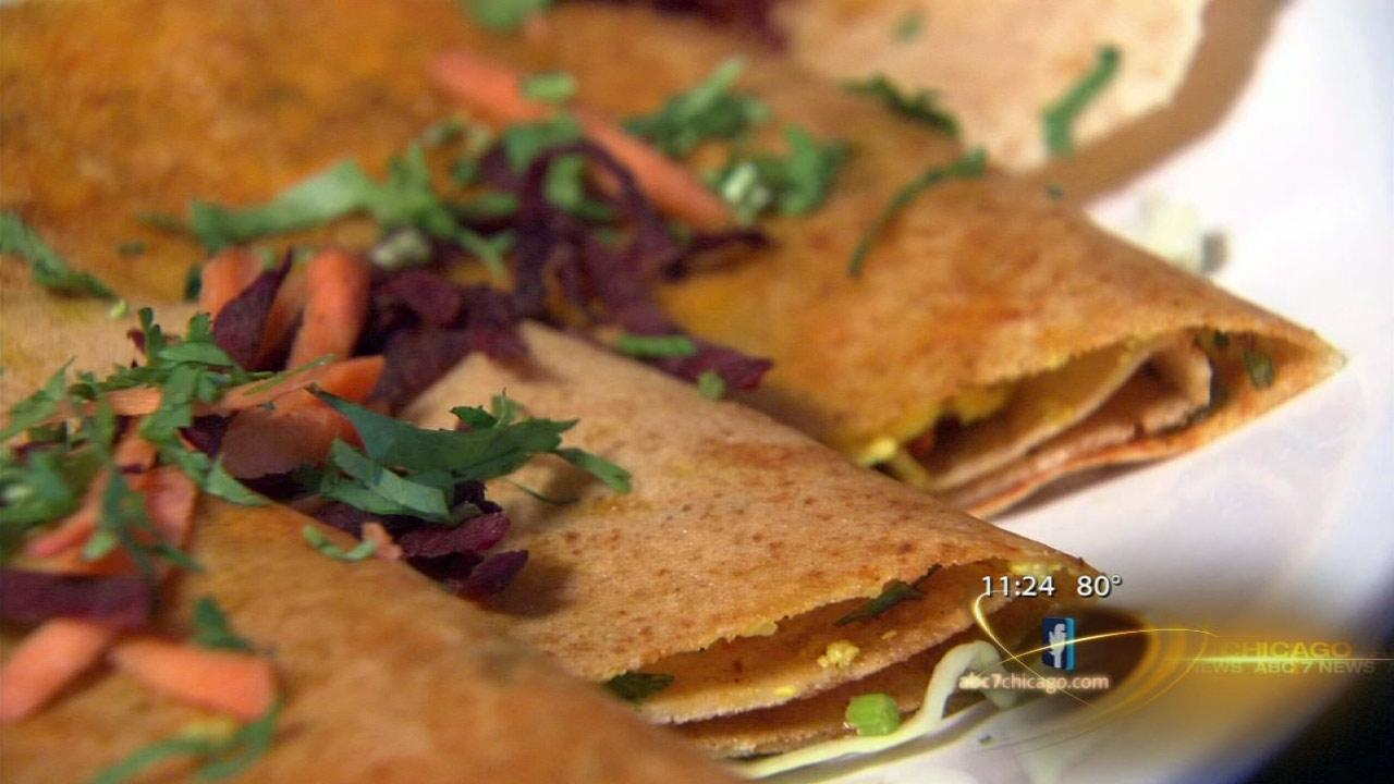Crepe-like Indian dosas satisfy at Sankalp in Schaumburg
