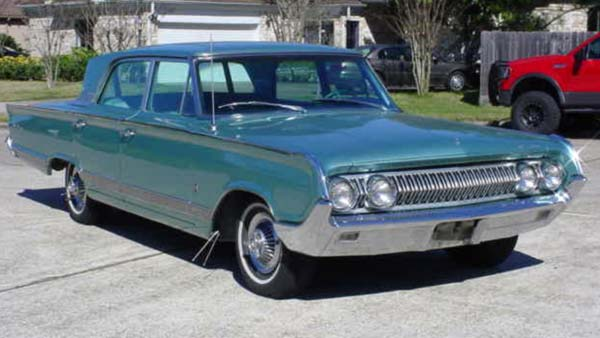 "<div class=""meta image-caption""><div class=""origin-logo origin-image ""><span></span></div><span class=""caption-text"">Jose Gonzalez Jauregui's 1964 Mercury Parklane 4 Door Sedan</span></div>"
