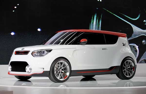 Kia introduces the Trackster concept vehicle during the media preview of the Chicago Auto Show at McCormick Place in Chicago on Wednesday, Feb. 8, 2012.  <span class=meta>(AP photo&#47;Nam Y. Huh)</span>