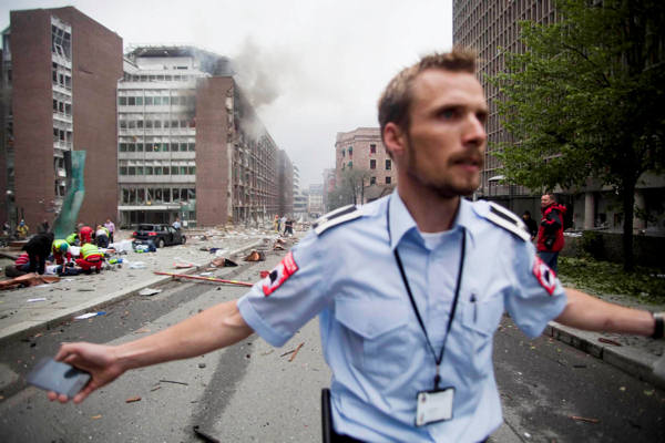 A powerful bomb exploded in Oslo, Norway tearing open several buildings, including the prime minister&#39;s office. Prime Minister Jens Stoltenberg is safe but several have been injured and at least seven have been killed. <span class=meta>(AP Photo&#47;Fartein Rudjord)</span>