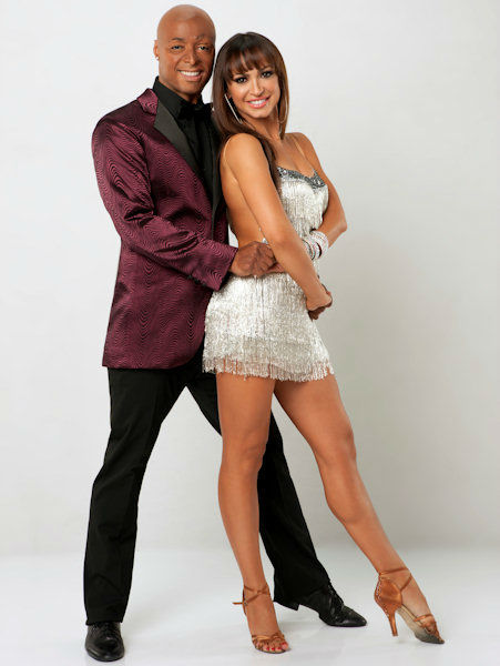 JR Martinez and Karina Smirnoff <span class=meta>(ABC Photo&#47; ABC-TV)</span>