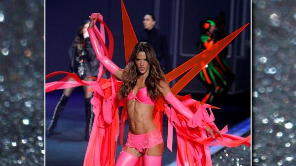 Alessandra Ambrosio walks the runway during the Victoria's Secret Fashion Show at the Lexington Armory Thursday, Nov. 19, 2009 in New York. (AP Photo/Jason DeCrow)