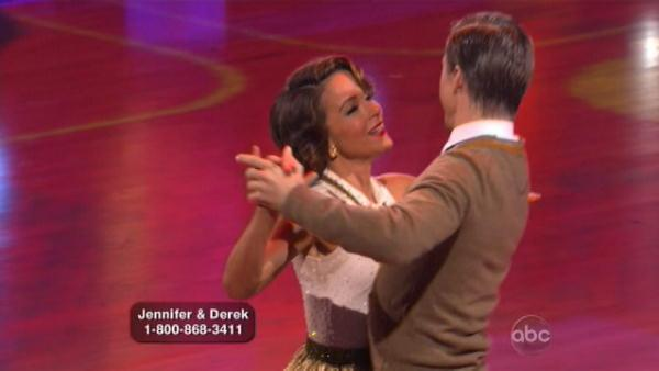 Jennifer Grey and Derek Hough scored 25 points for their Foxtrot to the tune of