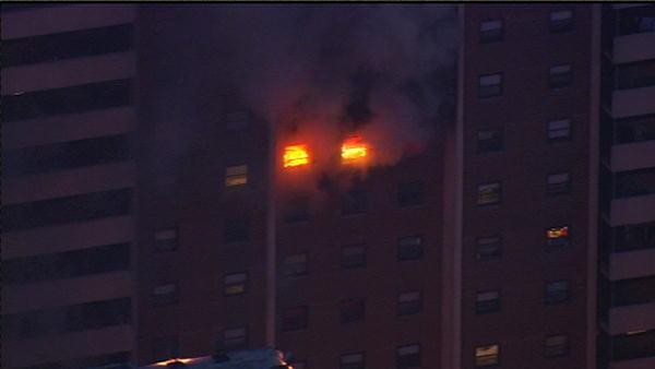 10 firefighters hurt in Philadelphia high-rise fire