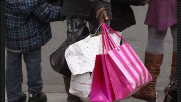 Philly DA warns of holiday shopping scams