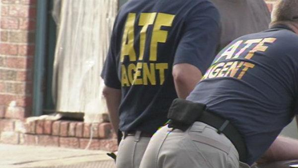 Agents raid motorcycle club in West Phila.