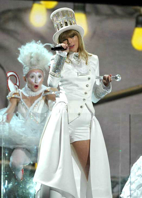 "<div class=""meta image-caption""><div class=""origin-logo origin-image ""><span></span></div><span class=""caption-text"">Taylor Swift performs at the 55th annual Grammy Awards on Sunday, Feb. 10, 2013, in Los Angeles. ( Photo / John Shearer/Invision/AP)</span></div>"