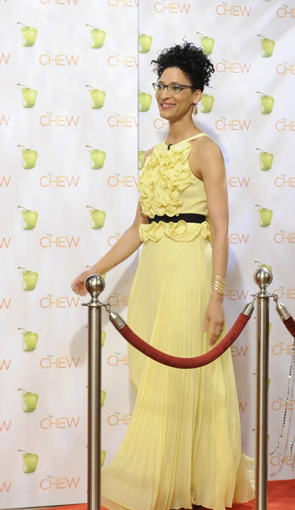 "<div class=""meta ""><span class=""caption-text "">Carla Hall of ""The Chew"" celebrates the Oscars.(ABC/Jeff Neira)         (Rumor: Hollywood Life)</span></div>"