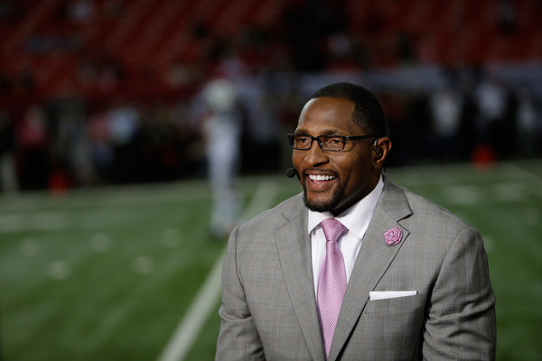 Former Baltimore Raven player Ray Lewis speaks during a TV interview before the first half of an NFL football game between the Atlanta Falcons and the New York Jets, Monday, Oct. 7, 2013, in Atlanta. &#40;AP Photo&#47;David Goldman&#41;        <span class=meta>(Rumor: Hollywood Life)</span>