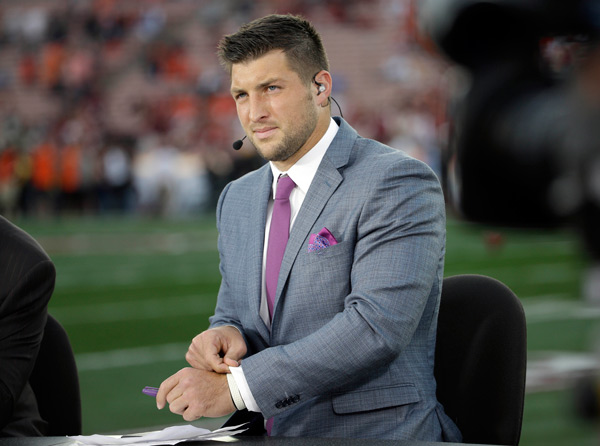 Tim Tebow on ESPN before the NCAA BCS National Championship college football game between Auburn and Florida State Monday, Jan. 6, 2014, in Pasadena, Calif. &#40;AP Photo&#47;David J. Phillip&#41;         <span class=meta>(Rumor: Hollywood Life)</span>