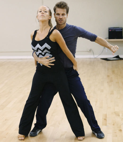 Former Playboy Playmate Kendra Wilkinson practices her first dance with professional dancer Louis van Amstel for season 12 of &#34;Dancing with the Stars.&#34; <span class=meta>(Photo&#47;ABC-TV)</span>