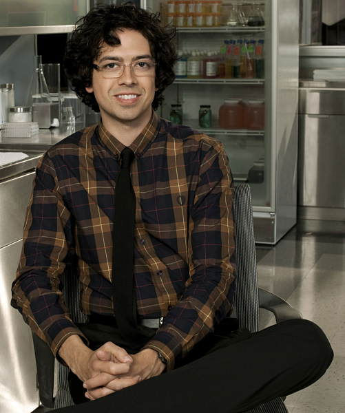 "<div class=""meta ""><span class=""caption-text "">Dr. Ethan Gross, portrayed by Geoffrey Arend, has boyish, geeky ways Megan that finds endearing. (ABC Television)</span></div>"