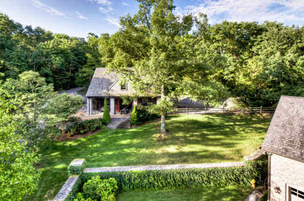 "<div class=""meta ""><span class=""caption-text "">This 6-acre estate, at 1358 Page Road in Nashville, Tennessee, has been transformed into the home of country-music star Rayna Jaymes, played by Connie Britton in ABC's ""Nashville.""   The home is on the market with an asking price of $19.5 million.  The 20,533 square foot brick home, built in 1999, sits on six acres and has 24 total rooms, including 6 bedrooms, 8 bathrooms and 3 half bathrooms.  </span></div>"