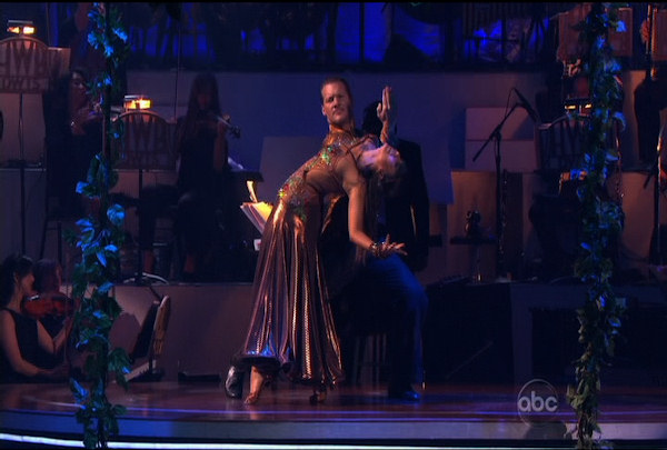"<div class=""meta ""><span class=""caption-text "">Chris Jericho & Cheryl Burke danced the Paso Doble during Week 4 of Season 12 of Dancing with the Stars. They received a score of 23. </span></div>"