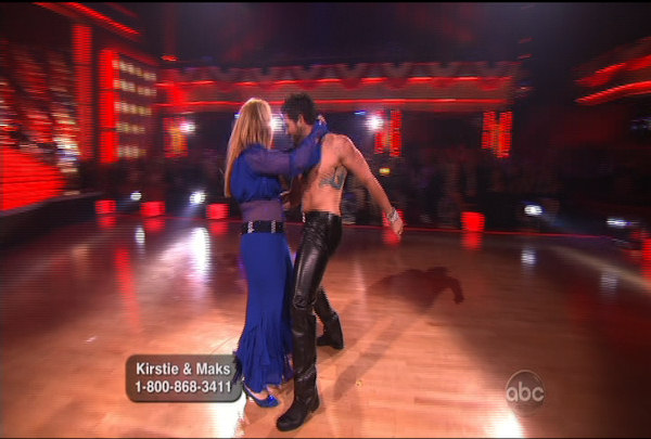 "<div class=""meta image-caption""><div class=""origin-logo origin-image ""><span></span></div><span class=""caption-text"">Kirstie Alley & Maksim Chmerkovskiy danced the Foxtrot during Week 5 of the Dancing wih the Stars Season 12. They received a score of 23.</span></div>"