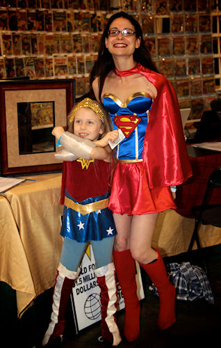 Super Girl and Wonder Woman. <span class=meta>(www.darcidoranphotography.com)</span>