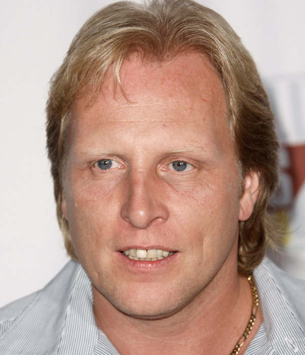 &#39;Deadliest Catch&#39; star Sig Hansen arrives at the Fox Reality Channel Really Awards in Los Angeles on Wednesday, Sept. 24, 2008.  <span class=meta>(AP Photo&#47;Matt Sayles)</span>