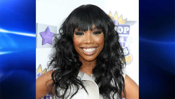 "<div class=""meta image-caption""><div class=""origin-logo origin-image ""><span></span></div><span class=""caption-text"">Brandy is a platinum-selling R&B and pop singer, actress, songwriter, and record/television producer. In 1994, at the age of fifteen, Brandy released her eponymous debut album selling over 6 million copies.</span></div>"
