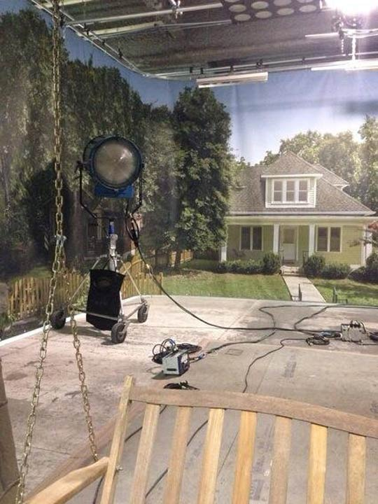Here&#39;s what it looks like backstage near Deacon&#39;s house! #6abccma <span class=meta>(@karenrogers6abc)</span>