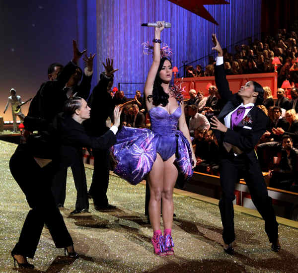 Katy Perry performs during Victoria&#39;s Secret Fashion Show in New York, Wednesday, Nov. 10, 2010 <span class=meta>(AP Photo&#47;Seth Wenig)</span>