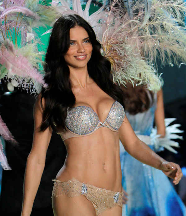 "<div class=""meta ""><span class=""caption-text "">Adriana Lima wears a two million dollar diamond encrusted bra during the Victoria's Secret Fashion Show in New York, Wednesday, Nov. 10, 2010. (AP Photo/Seth Wenig)</span></div>"