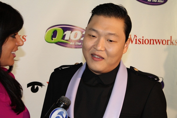 "<div class=""meta image-caption""><div class=""origin-logo origin-image ""><span></span></div><span class=""caption-text"">Action News reporter Alicia Vitarelli interviews PSY at Q102's Jingle Ball 2012 presented by XFINITY, at Wells Fargo Center on December 5, 2012 in Philadelphia. (6abc/Brock Koller)</span></div>"
