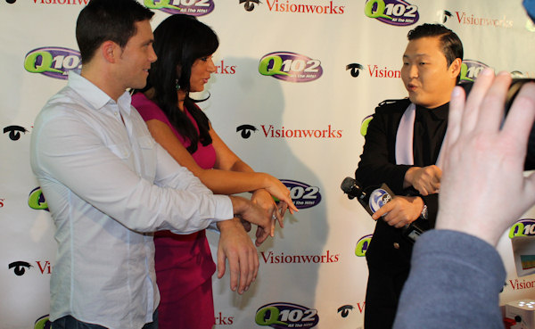 "<div class=""meta image-caption""><div class=""origin-logo origin-image ""><span></span></div><span class=""caption-text"">PSY teaches ""Gagnum Style"" to Action News reporter Alicia Vitarelli and meteorologist Adam Joseph at Q102's Jingle Ball 2012 presented by XFINITY, at Wells Fargo Center on December 5, 2012 in Philadelphia. (6abc/Brock Koller)</span></div>"